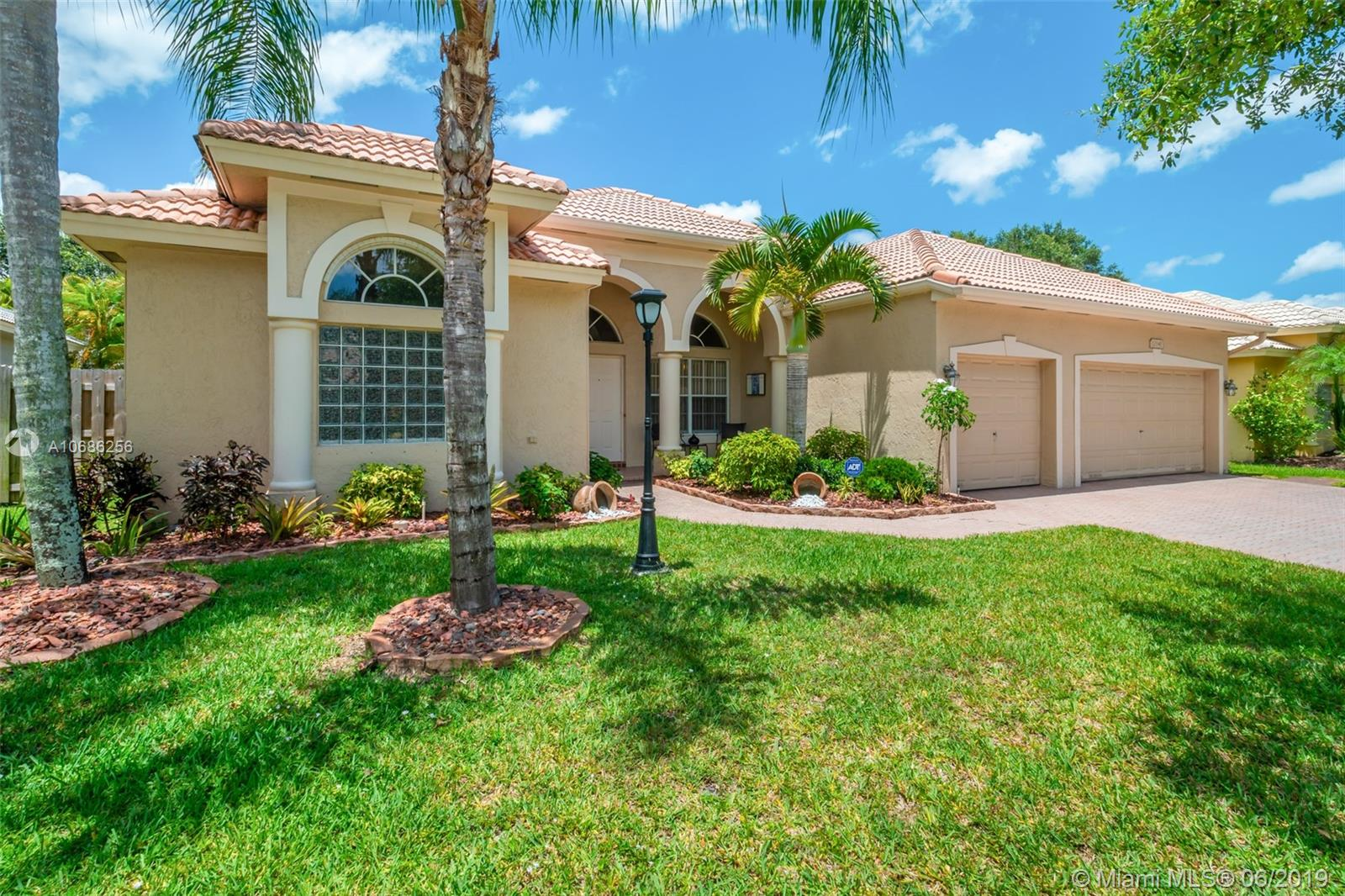 12841 NW 23rd St, Pembroke Pines, FL 33028