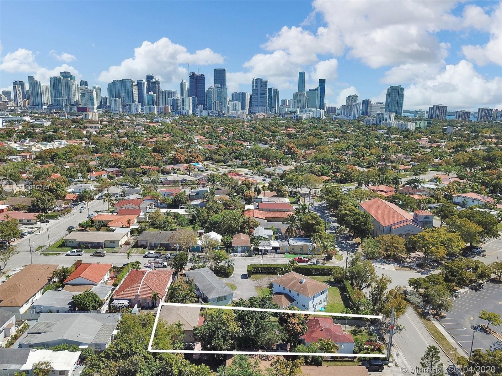 1117 SW 13th St  For Sale A10685344, FL
