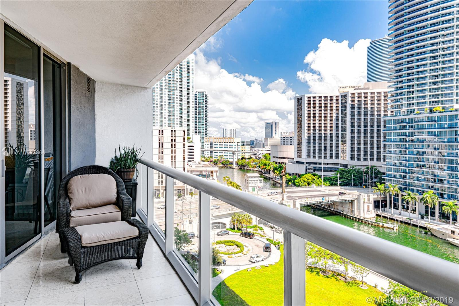 475 Brickell ave #1114, Miami FL 33131