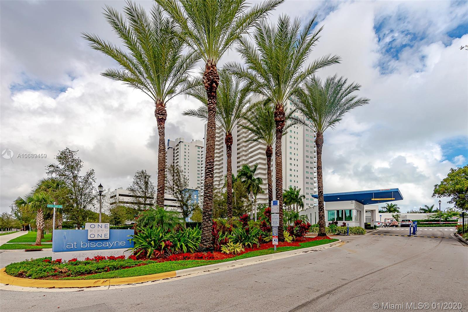 14951  Royal Oaks Ln #902 For Sale A10689459, FL