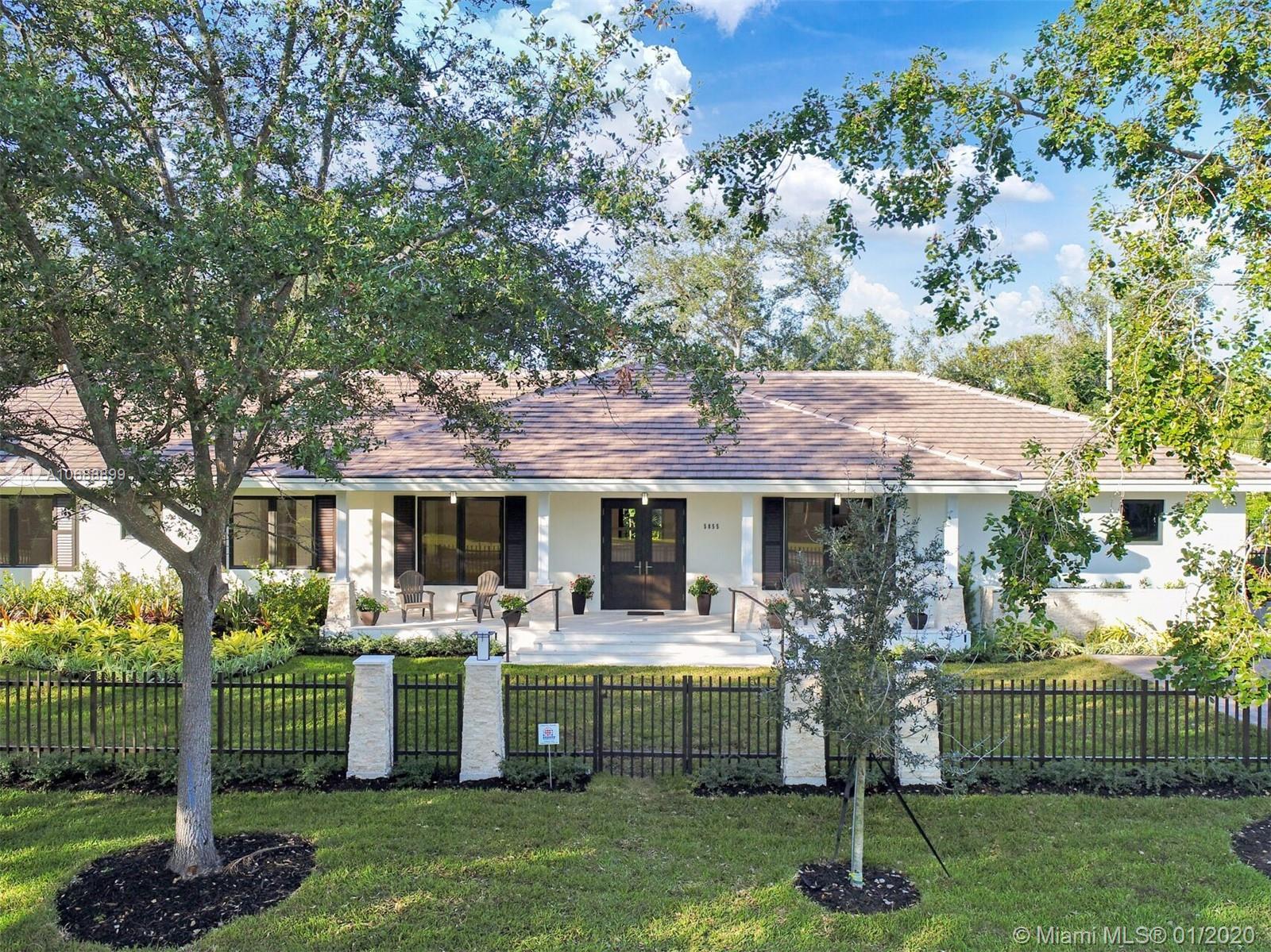 5855 SW 100 terrace  For Sale A10688899, FL