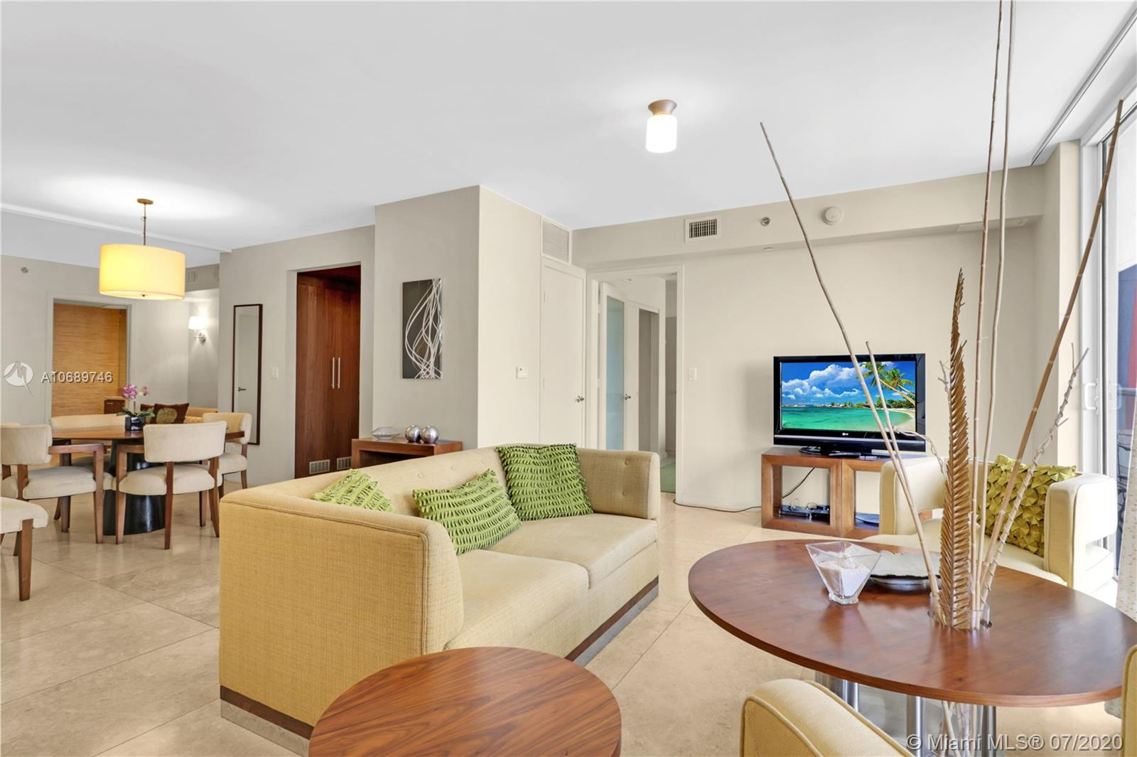 FULLY FURNISHED 1 BEDROOM IN SUITE + DEN THAT CAN BE ACCOMMODATED  AS A SECOND BEDROOM WITH IT'S OWN FULL BATH. CAN BE RENTED UP TO 12 TIMES A YEAR!.