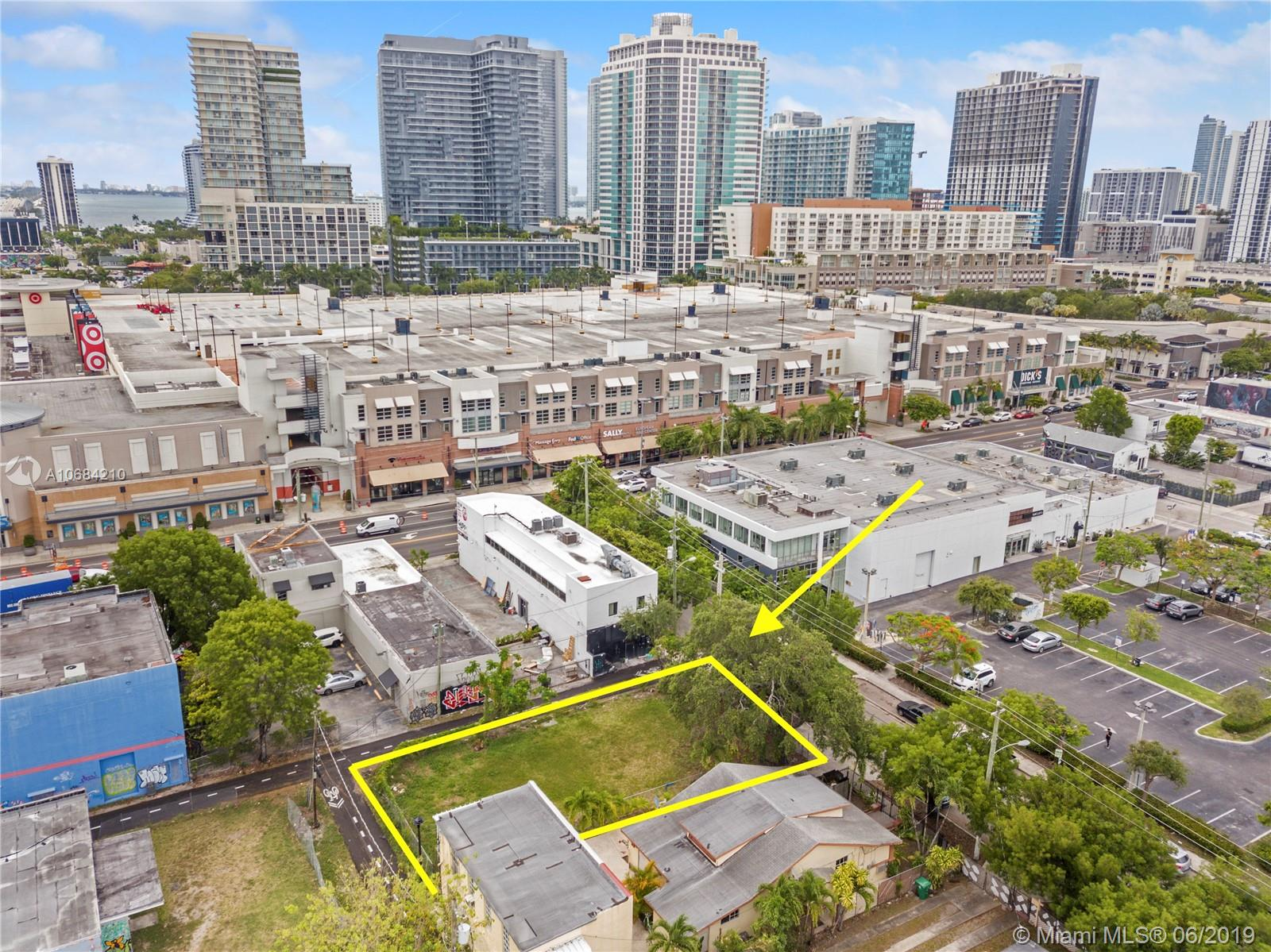 25 NW 35th St  For Sale A10684210, FL