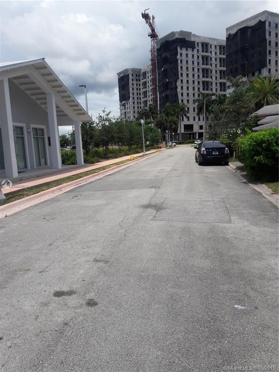 213  Florida Ave  For Sale A10688753, FL