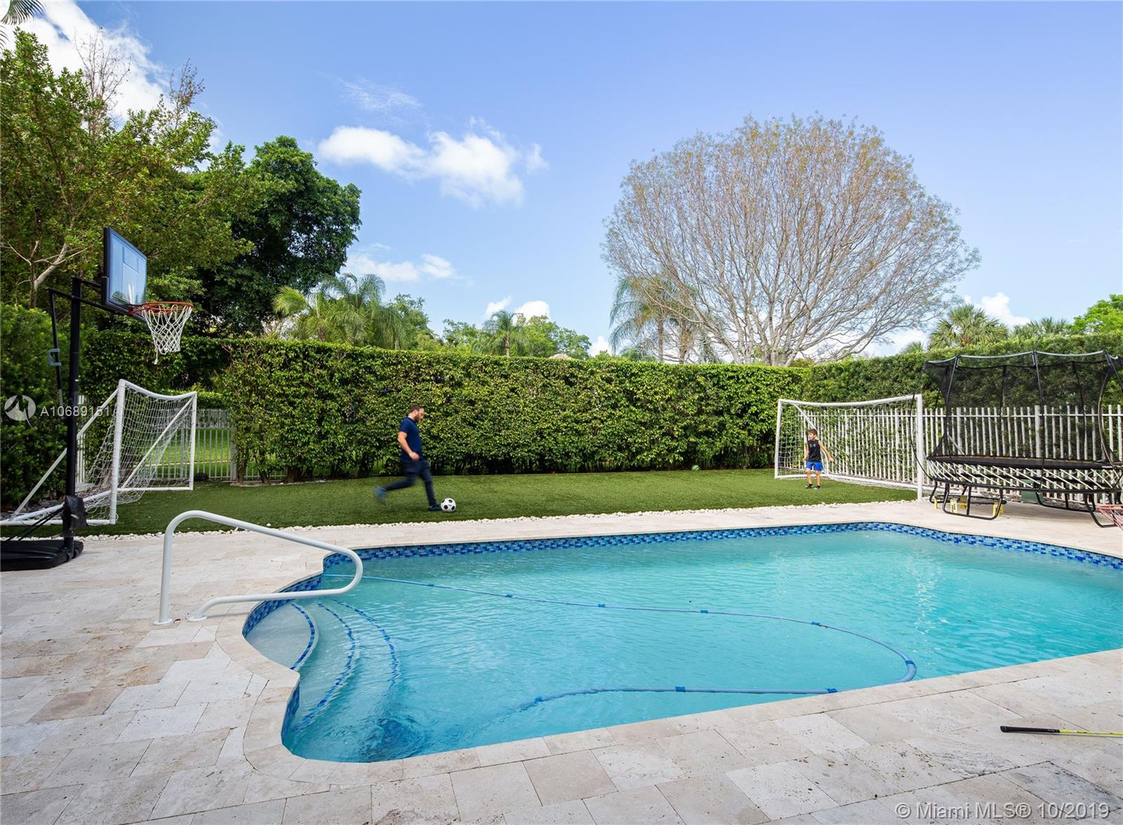 1573  Presidential Way  For Sale A10689151, FL
