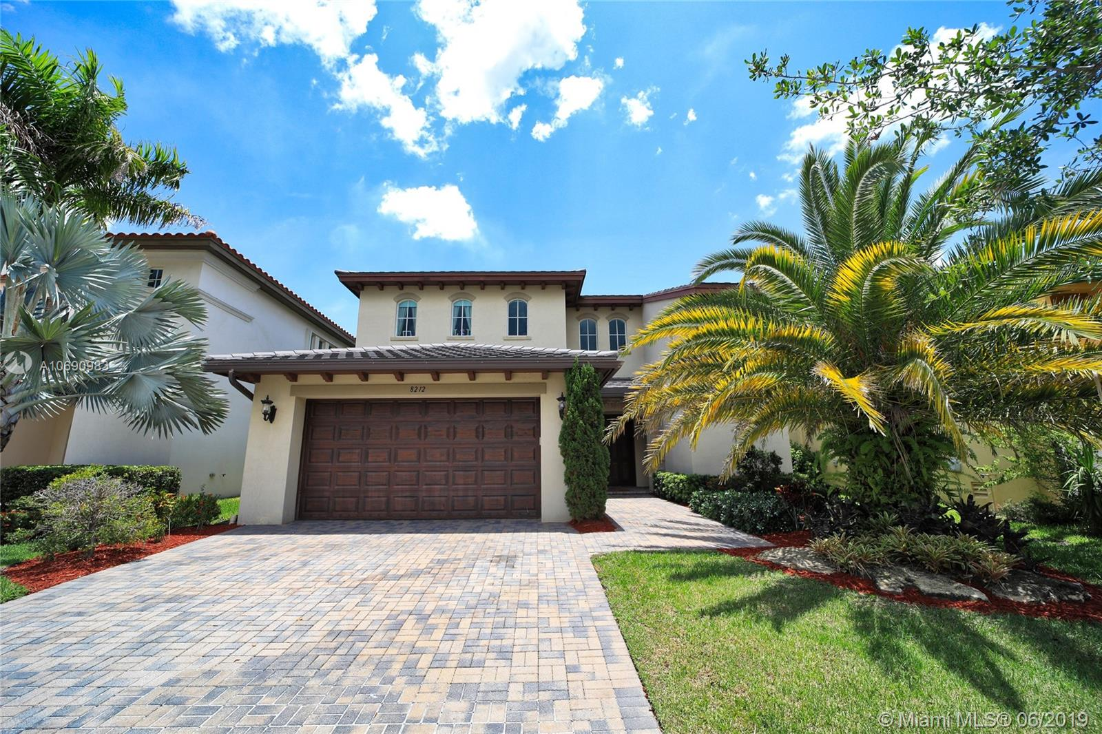 8212 NW 125th Ln  For Sale A10690983, FL