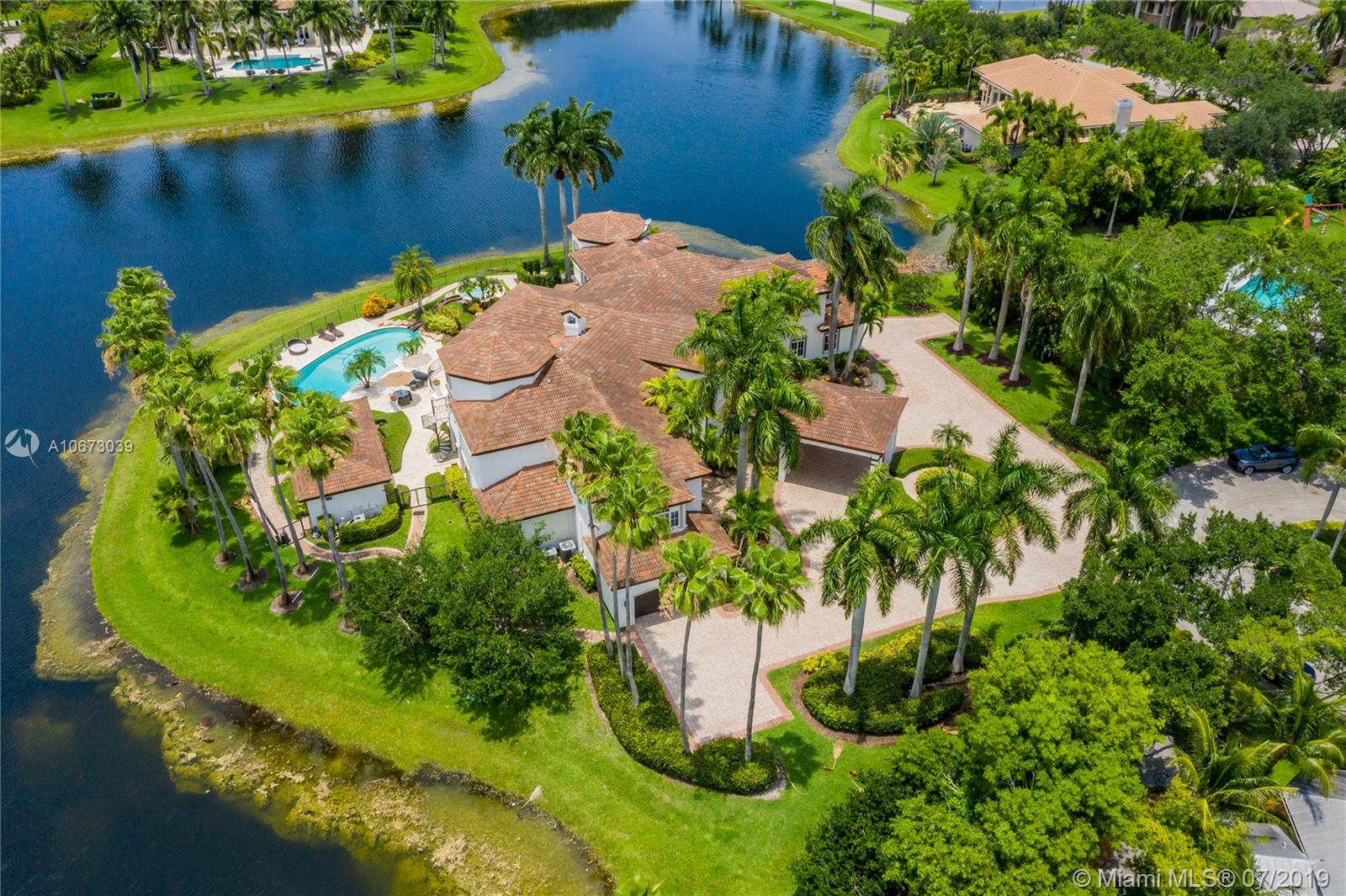 2940  Paddock Rd  For Sale A10673039, FL