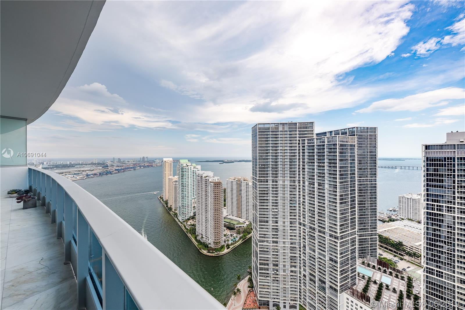 200  Biscayne Blvd Way #5104 For Sale A10691044, FL
