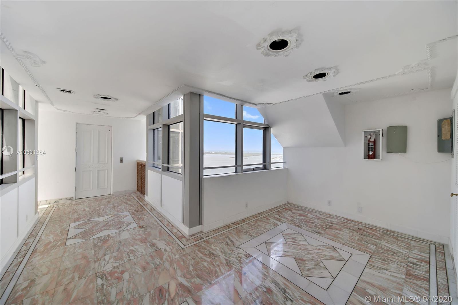 Image 26 For 1541 Brickell Ave  A4000