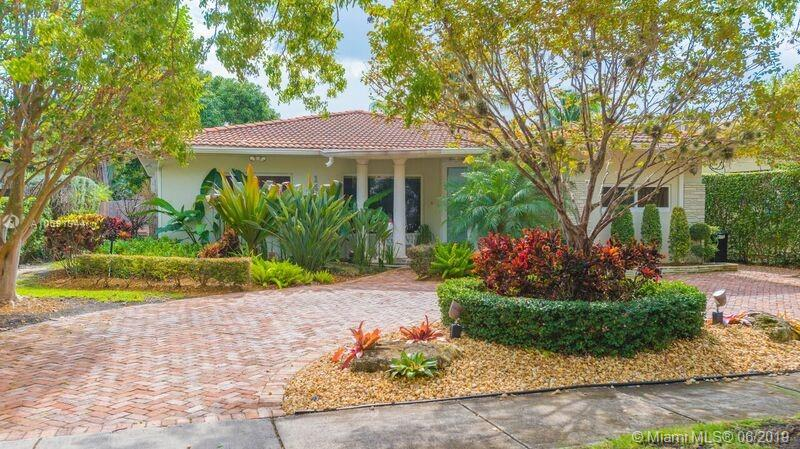 1410  Cleveland Road  For Sale A10691344, FL