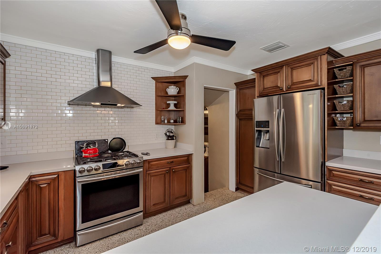 1215  Hollywood Blvd  For Sale A10691872, FL