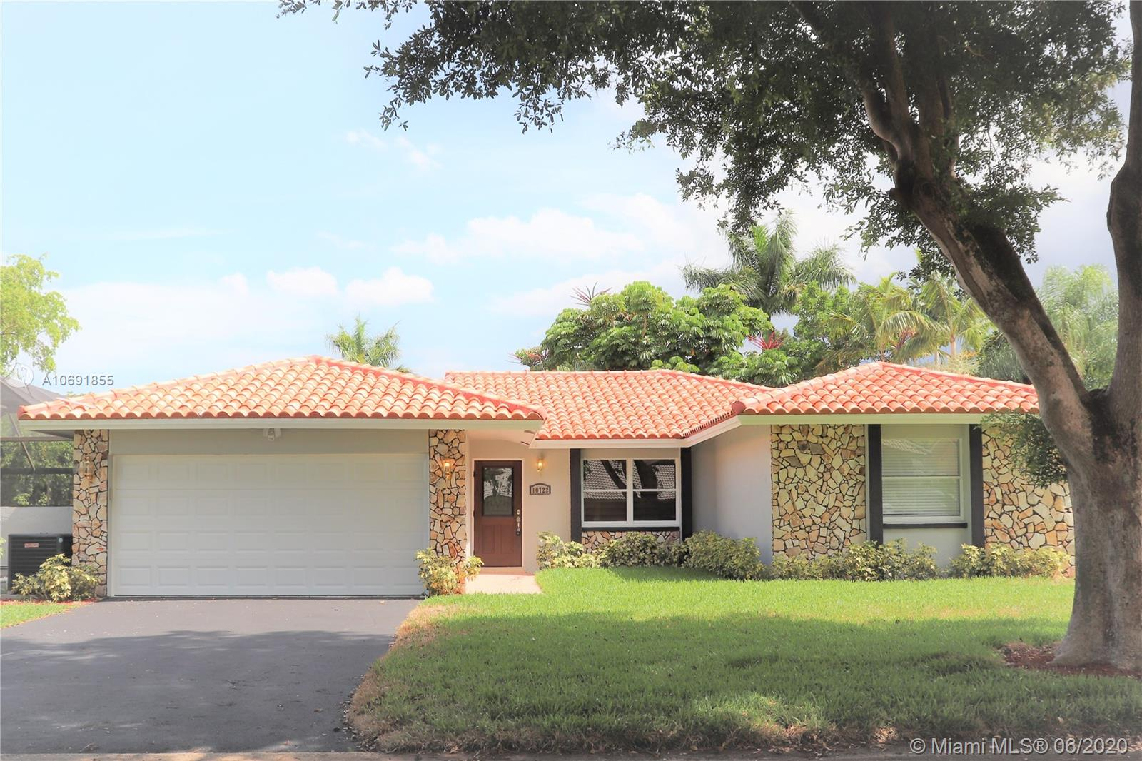 10722 NW 17th Mnr, Coral Springs, FL 33071
