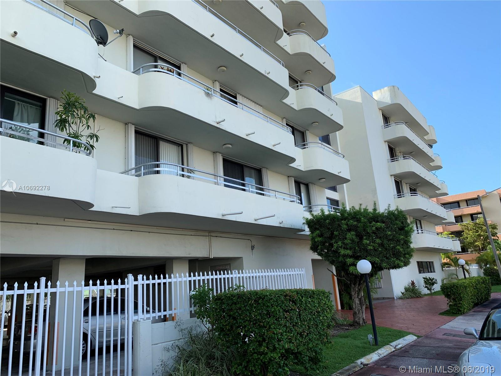 8201  Byron Ave #305 For Sale A10692278, FL