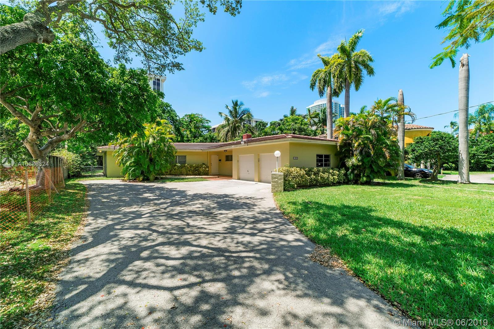 1835 S Miami Ave  For Sale A10688324, FL
