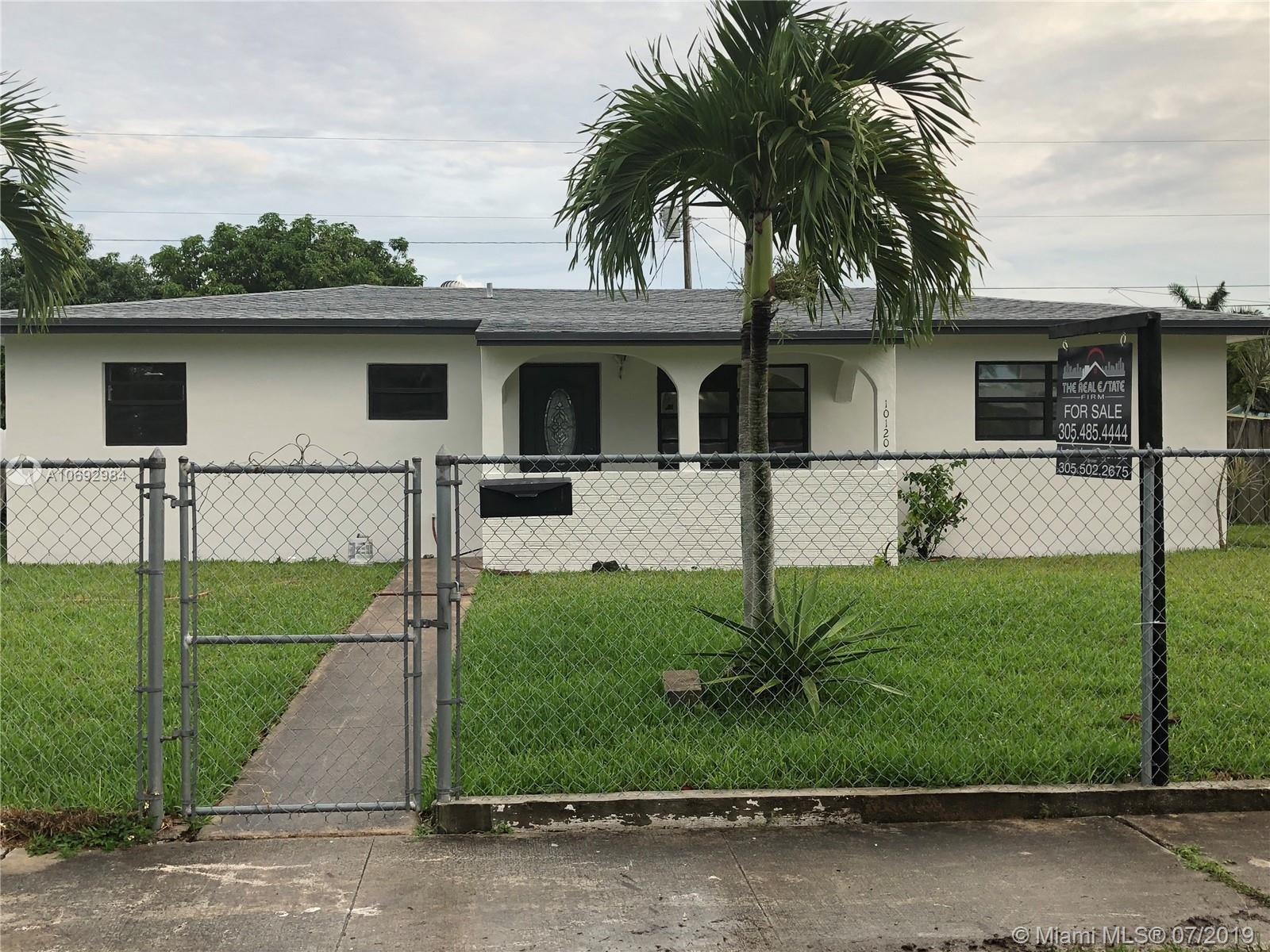 10120  Dominican Dr  For Sale A10692984, FL