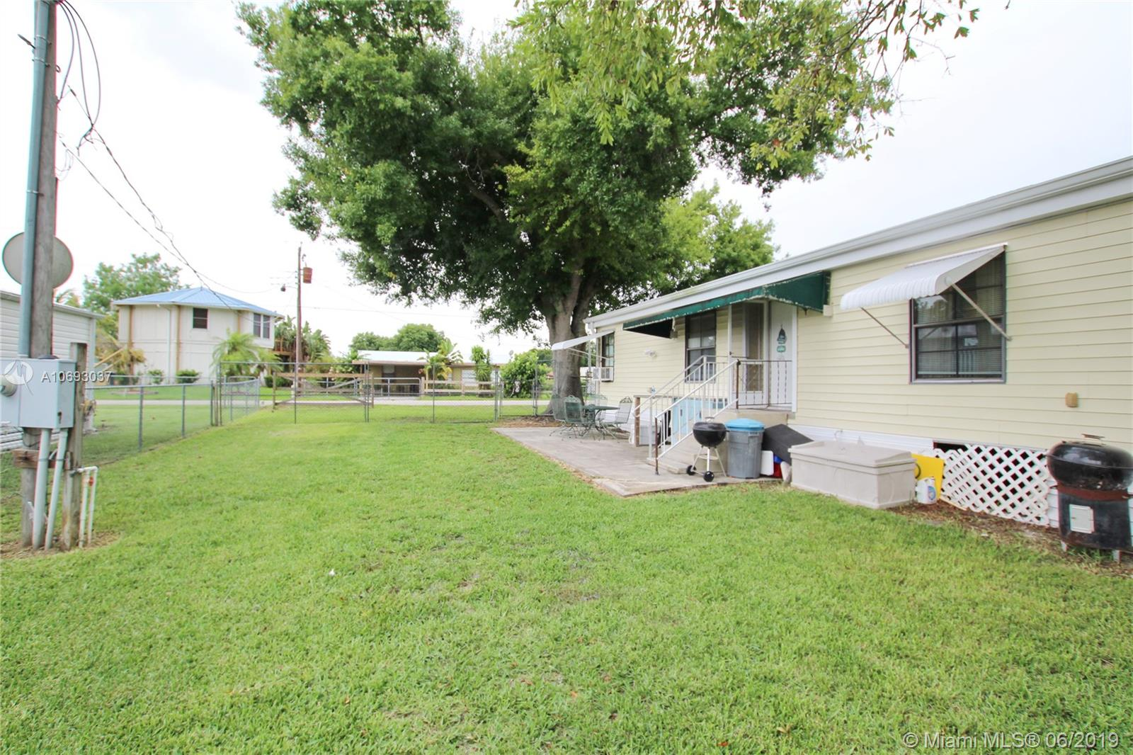 1039 8th Street, Other City - In The State Of Florida, FL 34974