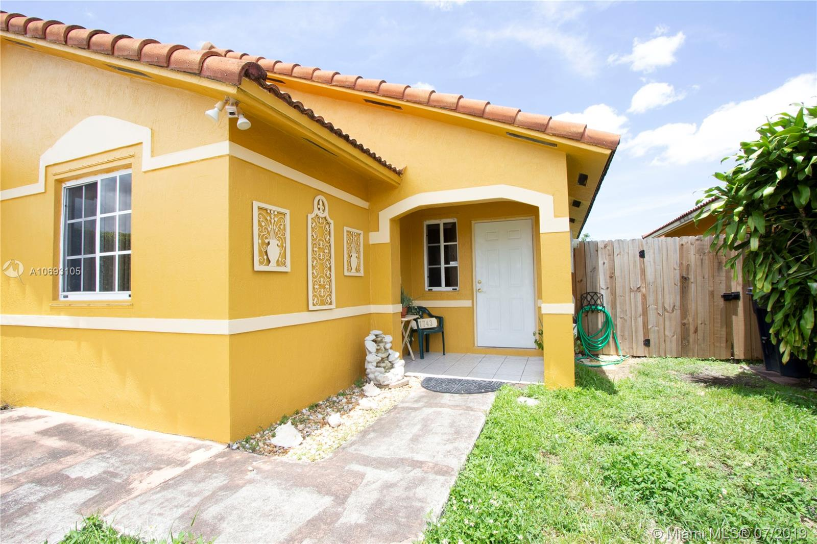 17743 SW 144th Ave  For Sale A10693105, FL