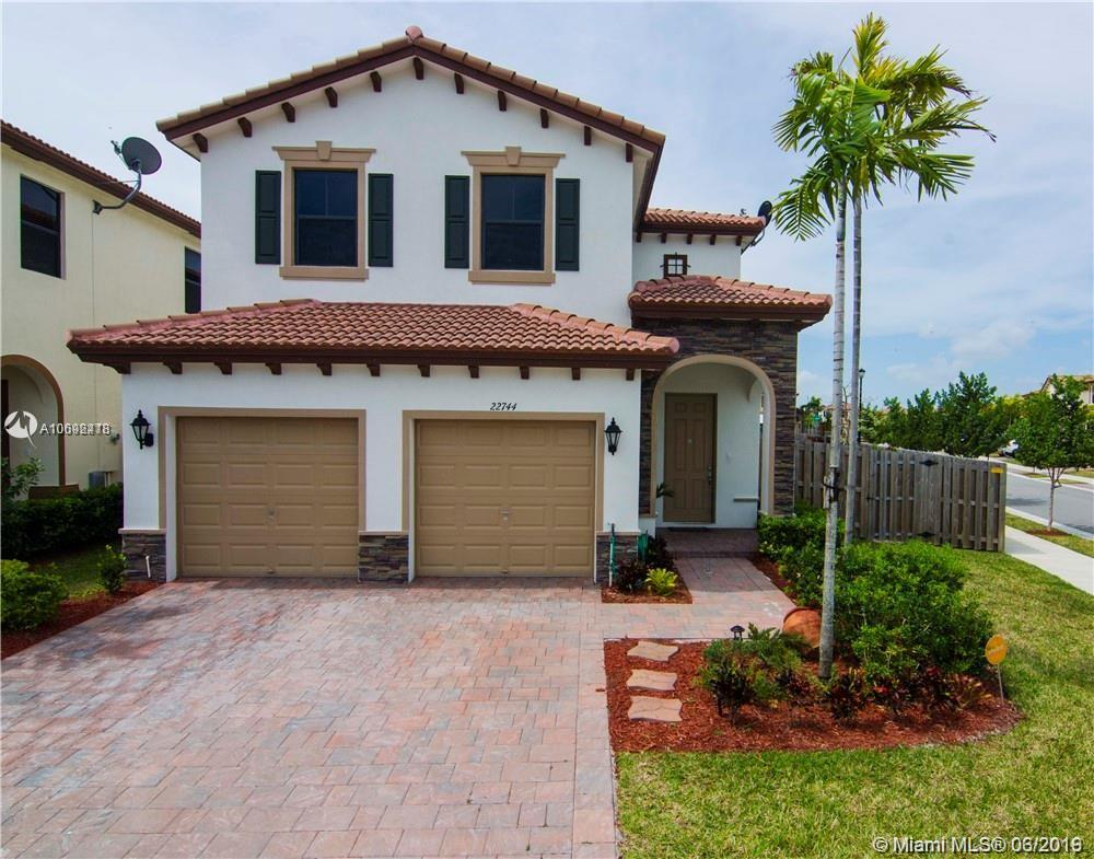 22744 SW 92nd Ct  For Sale A10692418, FL