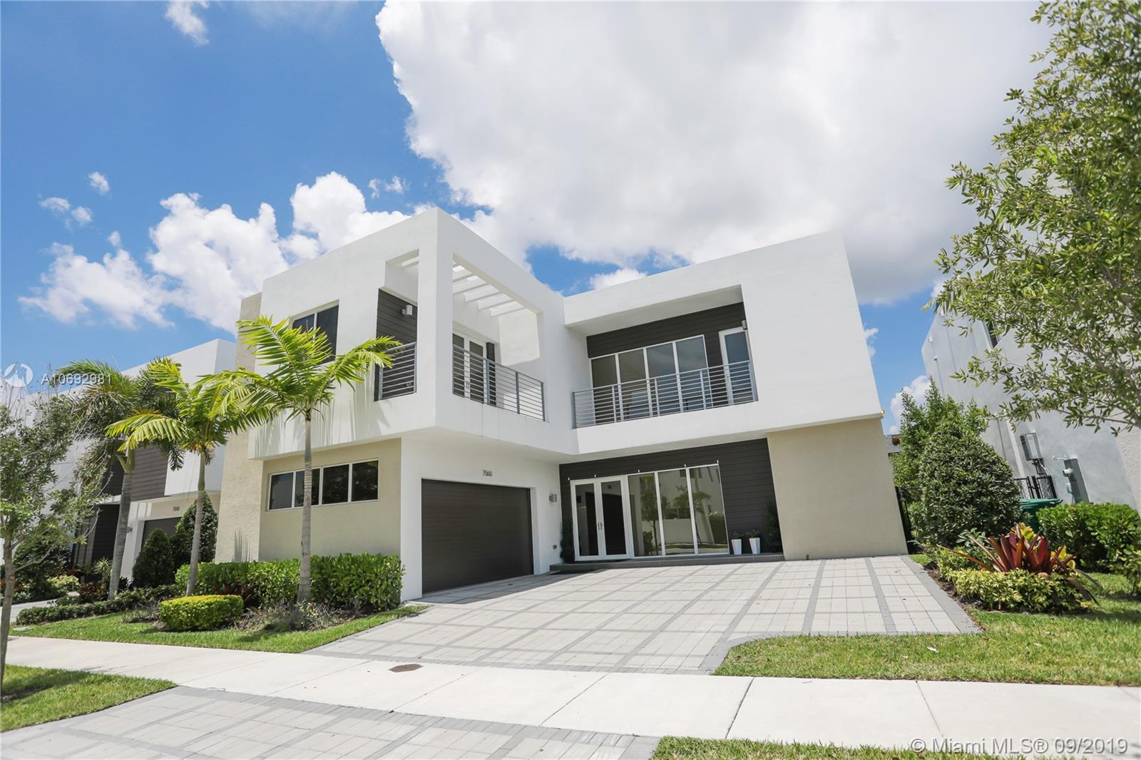 7560 NW 101st Ct  For Sale A10692981, FL