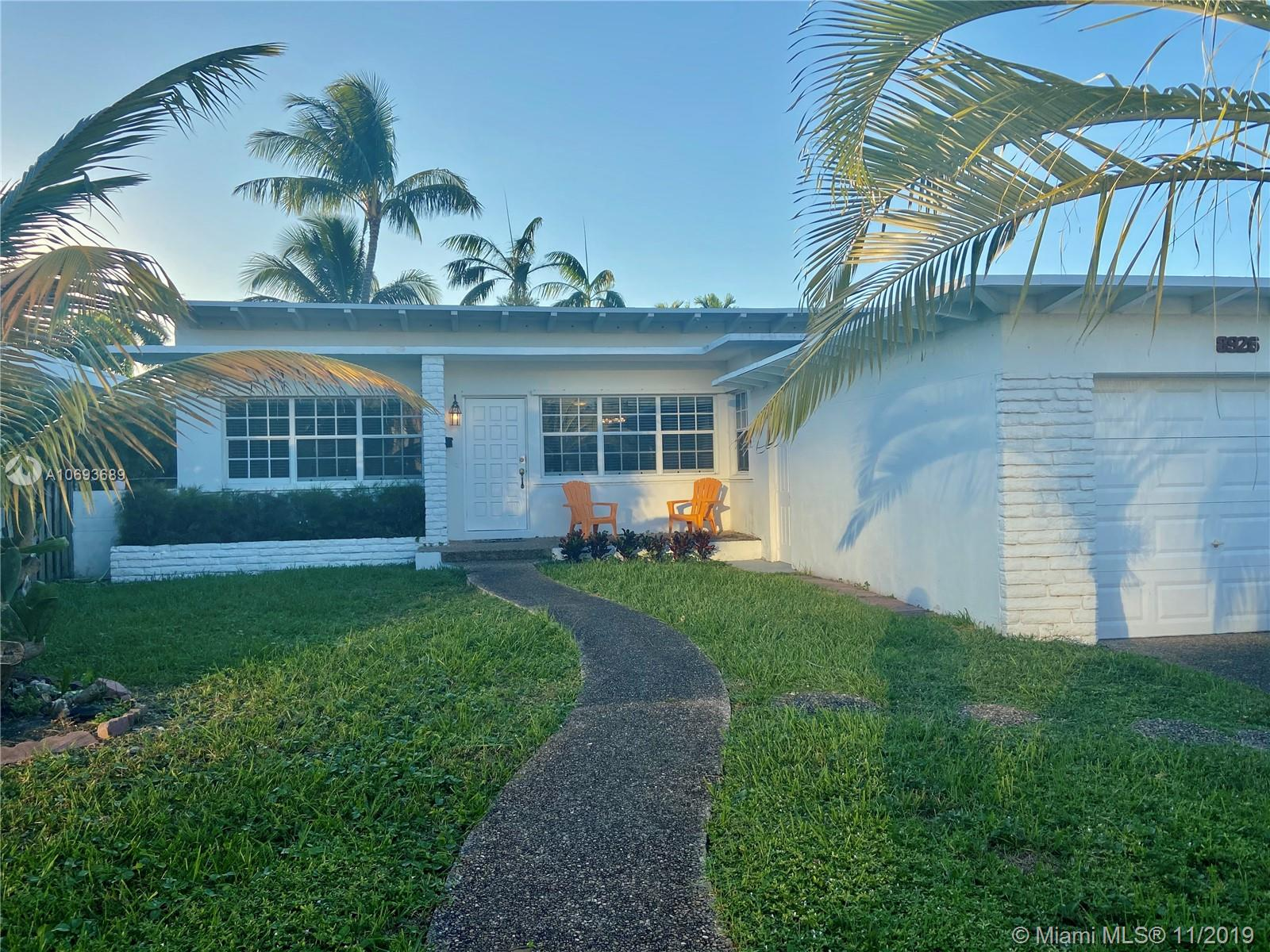 8926  Abbott Ave  For Sale A10693689, FL