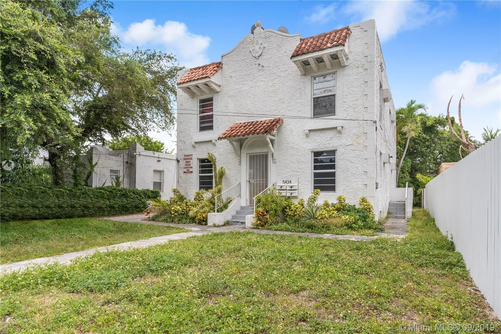 5422 NW 5th Ave  For Sale A10692048, FL