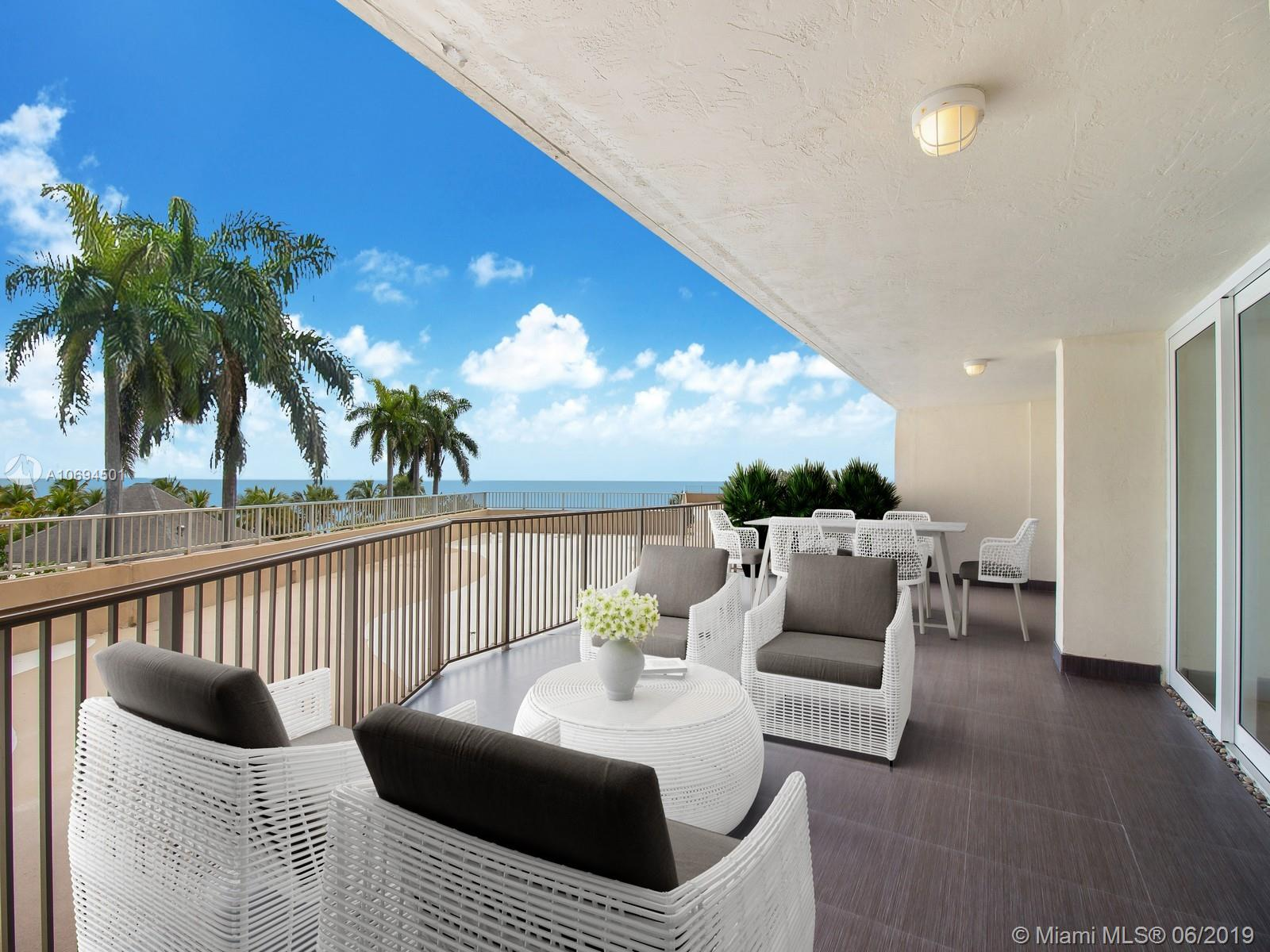 600  Grapetree Dr #3DN For Sale A10694501, FL