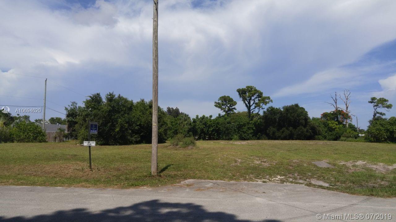720 Mathis St, Lake Worth, FL 33461