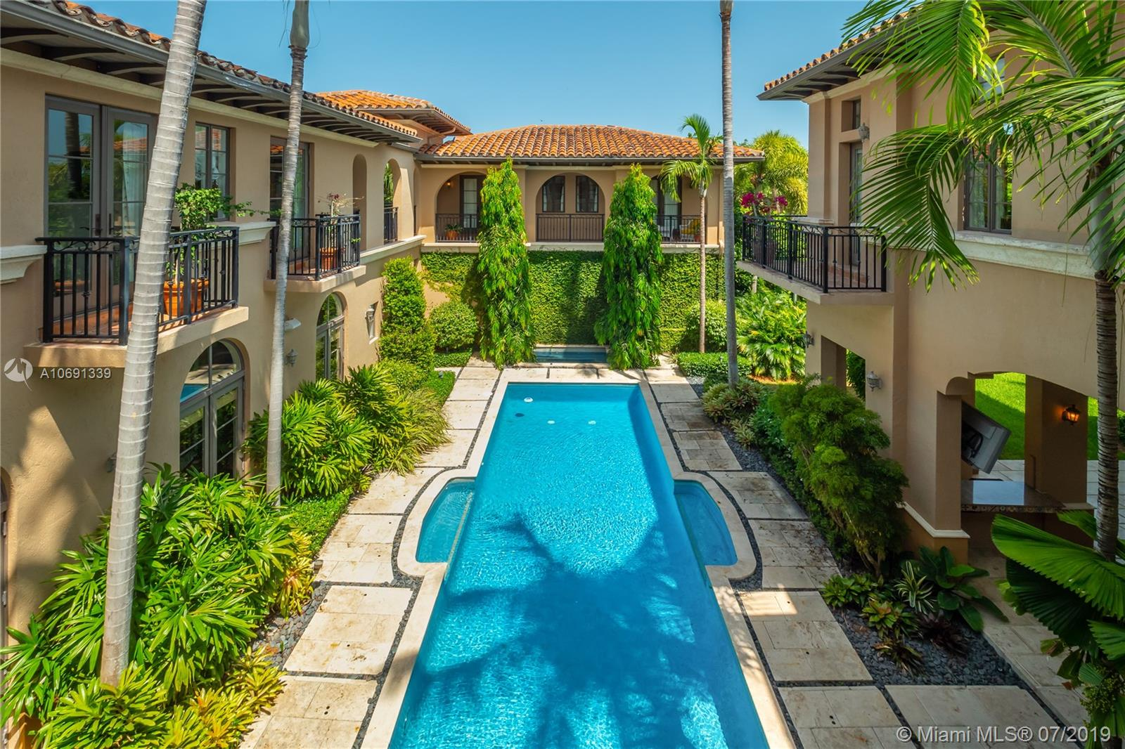 441  ISLAND DR  For Sale A10691339, FL