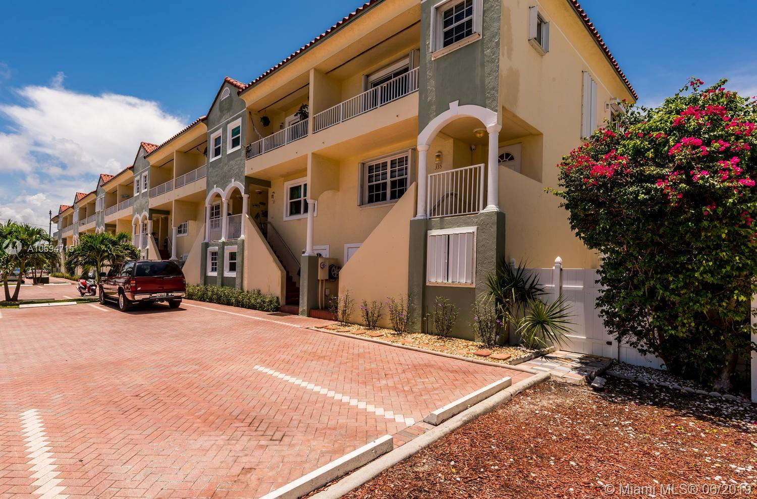 335  Virginia St  For Sale A10694715, FL