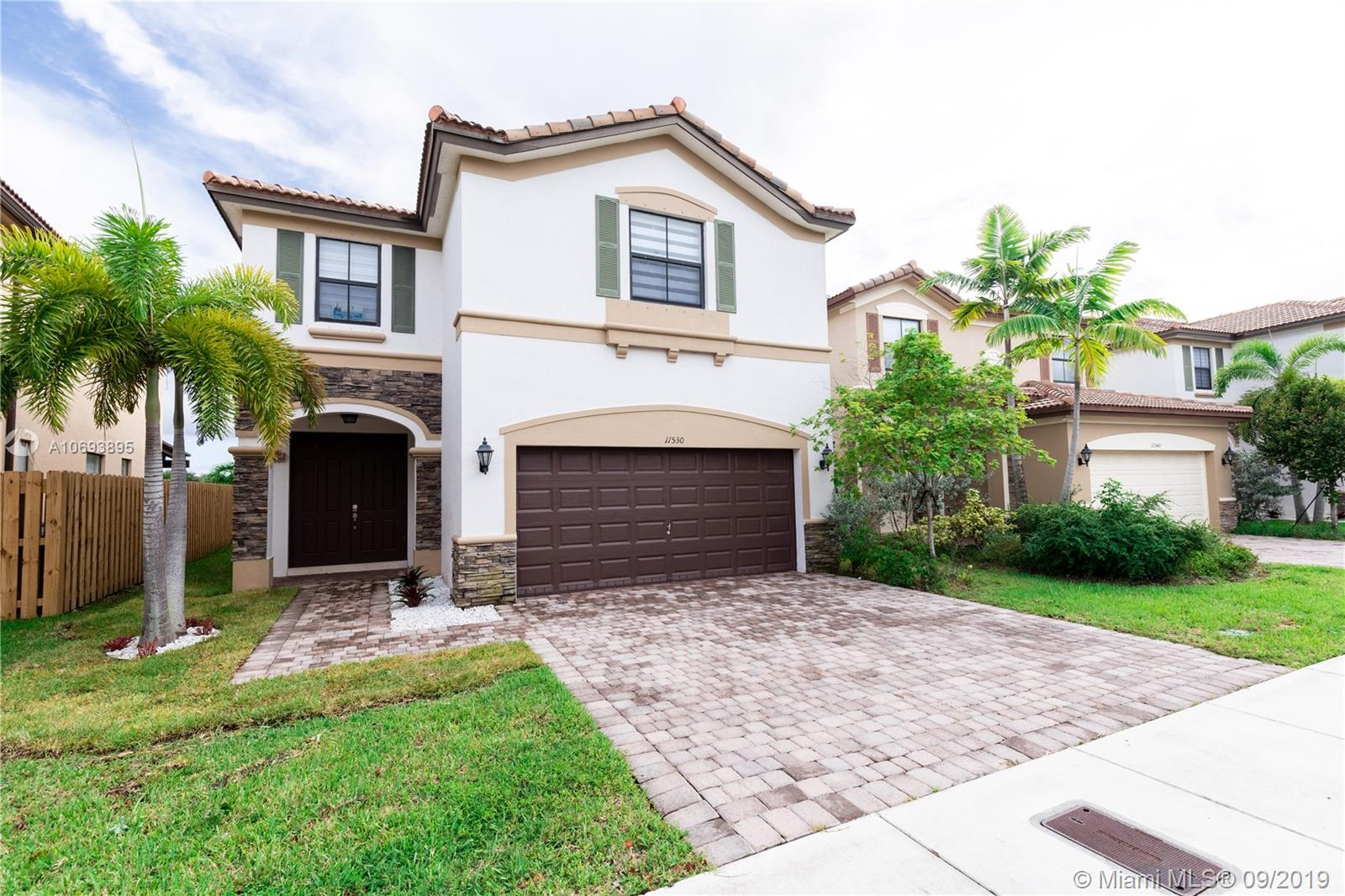 11530 NW 87th Ln  For Sale A10693895, FL