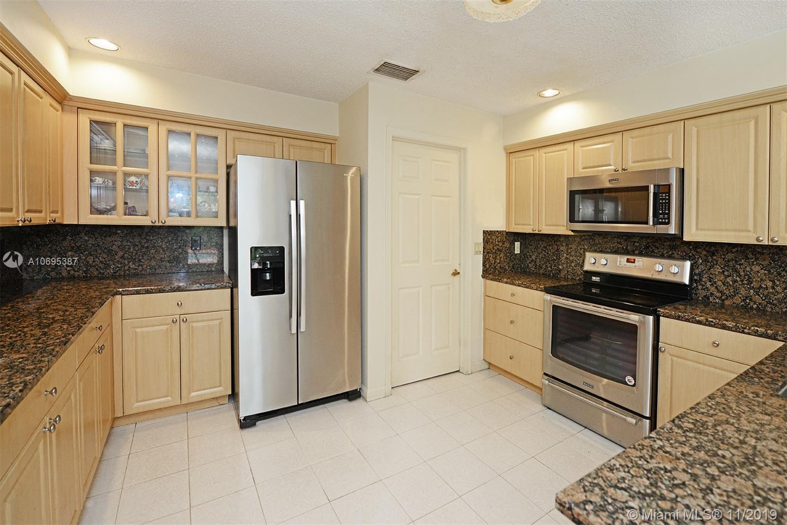 799 Villa Portofino Cir 799, Deerfield Beach, FL 33442