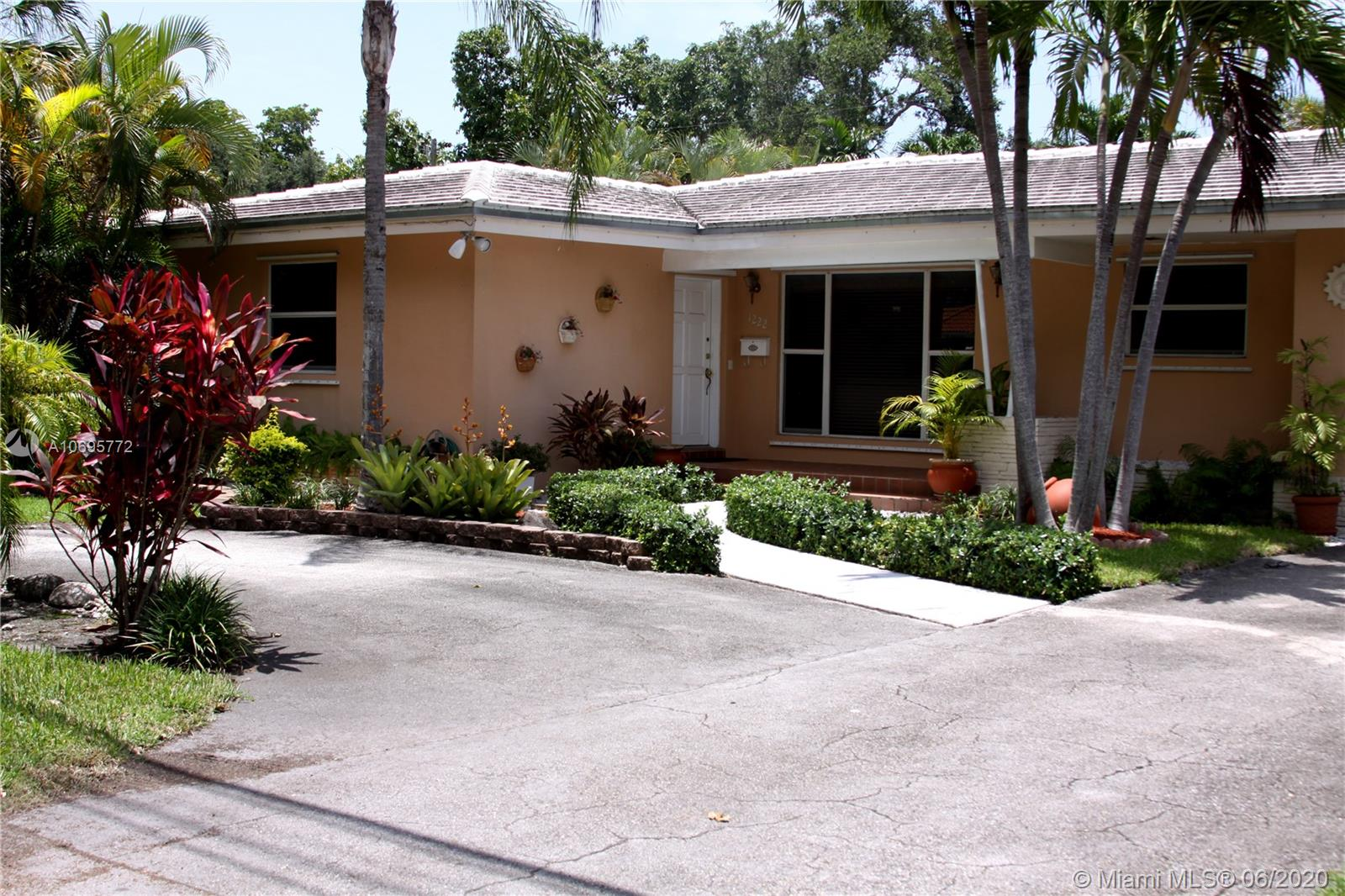 1222  Bird Rd  For Sale A10695772, FL