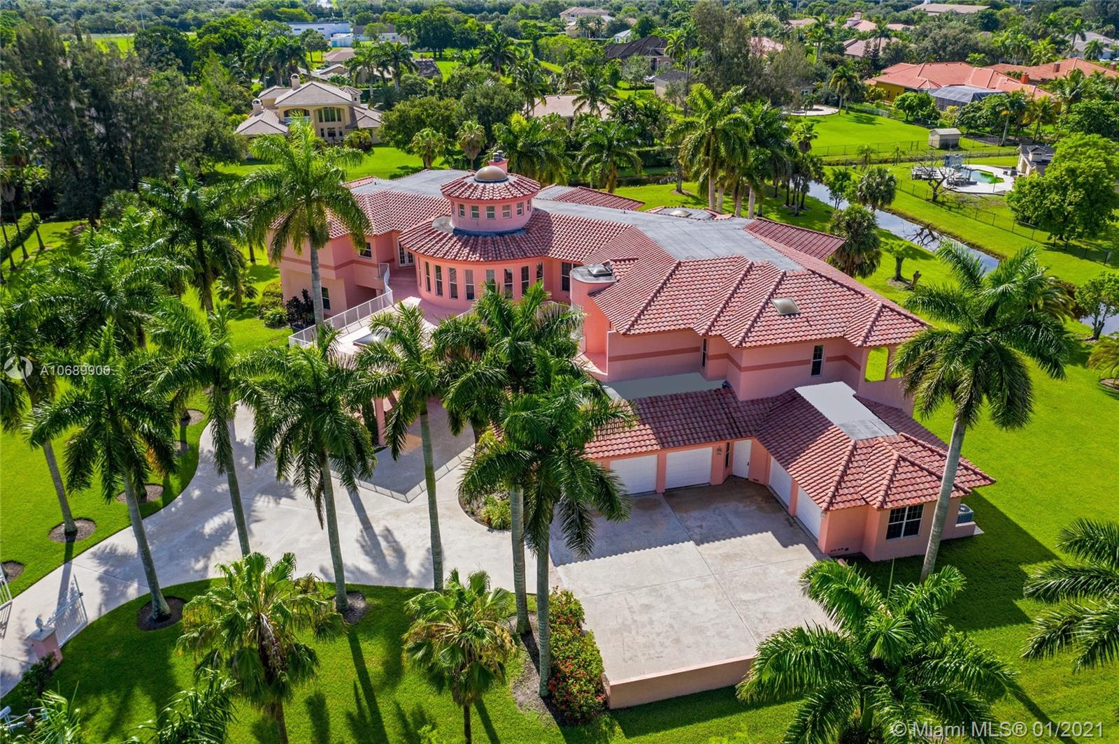 1000 NW 116th Ave  For Sale A10689900, FL