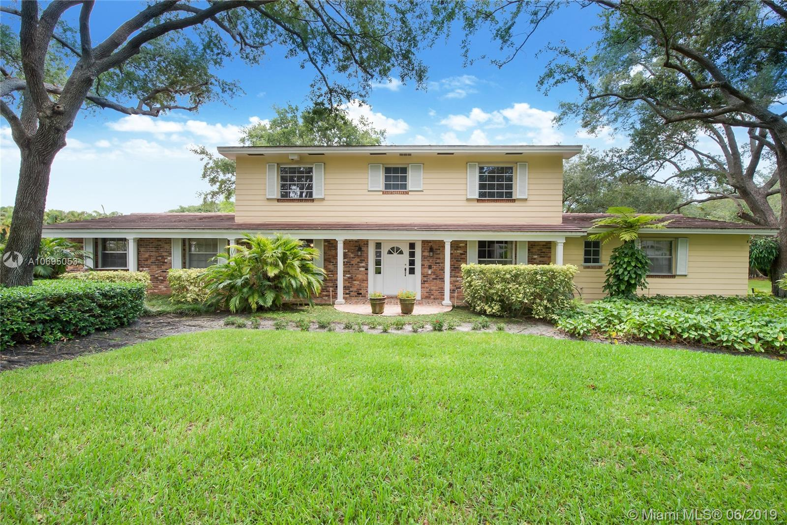 5755 SW 111th Ter  For Sale A10695053, FL