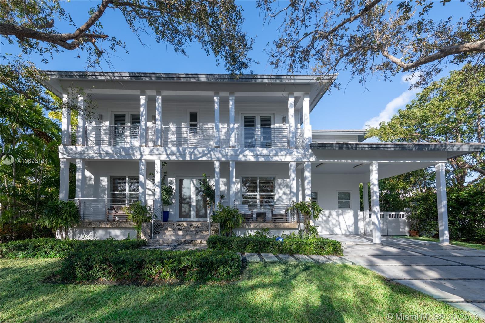 370  Glenridge Rd  For Sale A10696184, FL