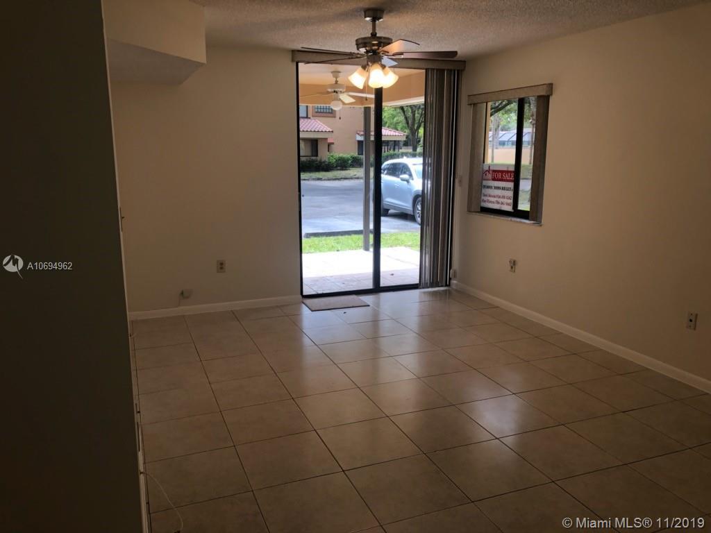 15495 N Miami Lakeway N #108 For Sale A10694962, FL