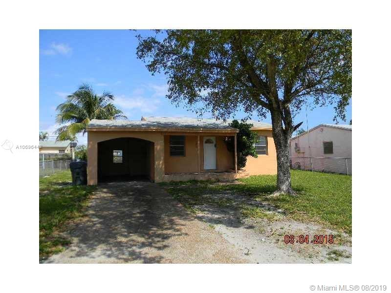 2539  Fletcher St  For Sale A10696442, FL