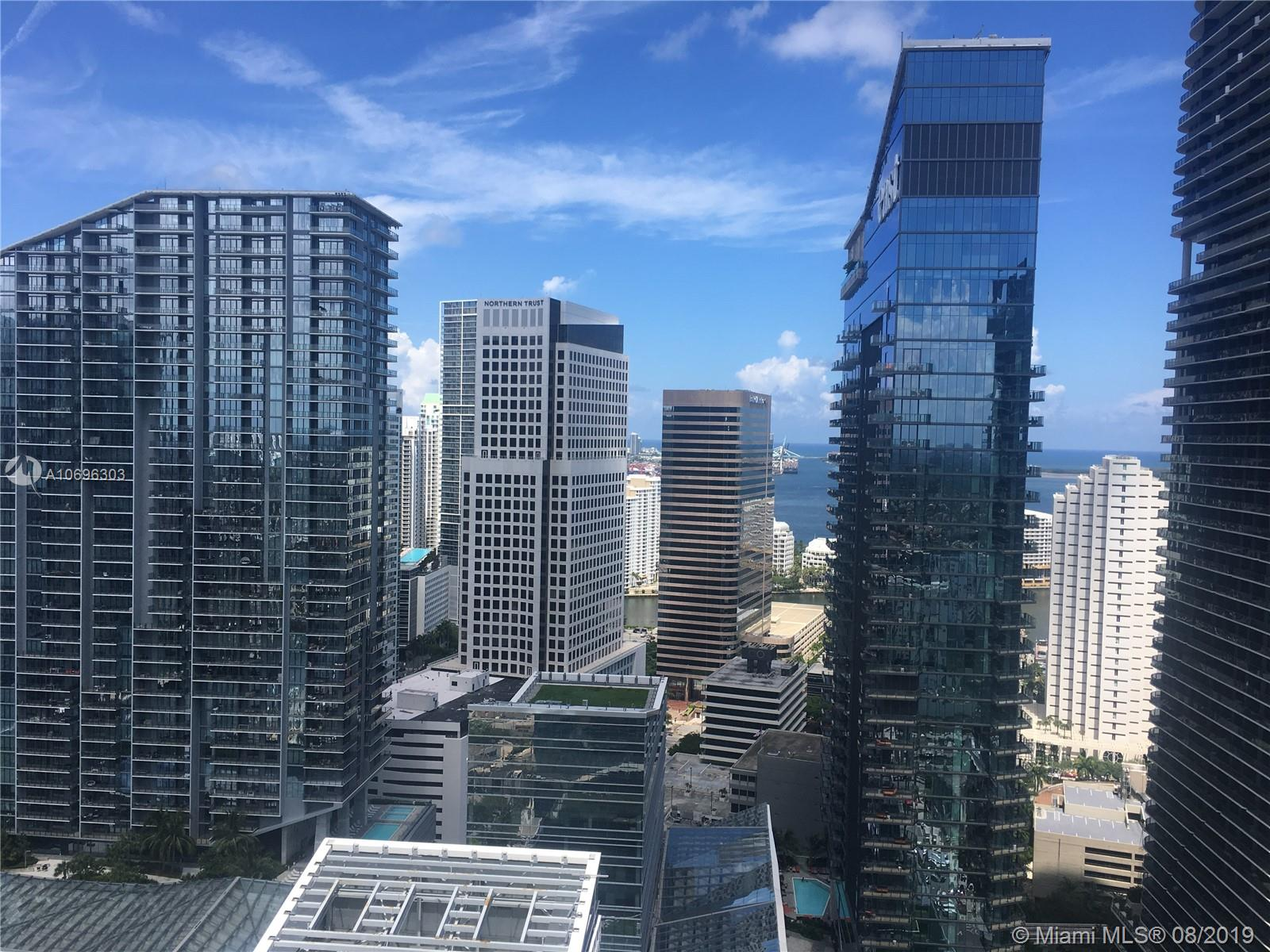 88 SW 7th St #3305 For Sale A10696303, FL