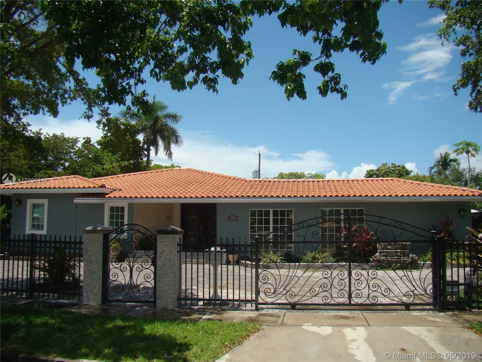 400 SW 24th Rd  For Sale A10696187, FL