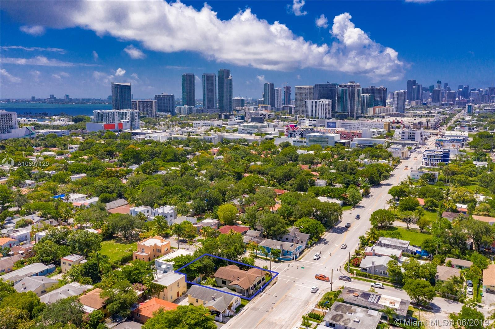 4605 N Miami Ave  For Sale A10697129, FL