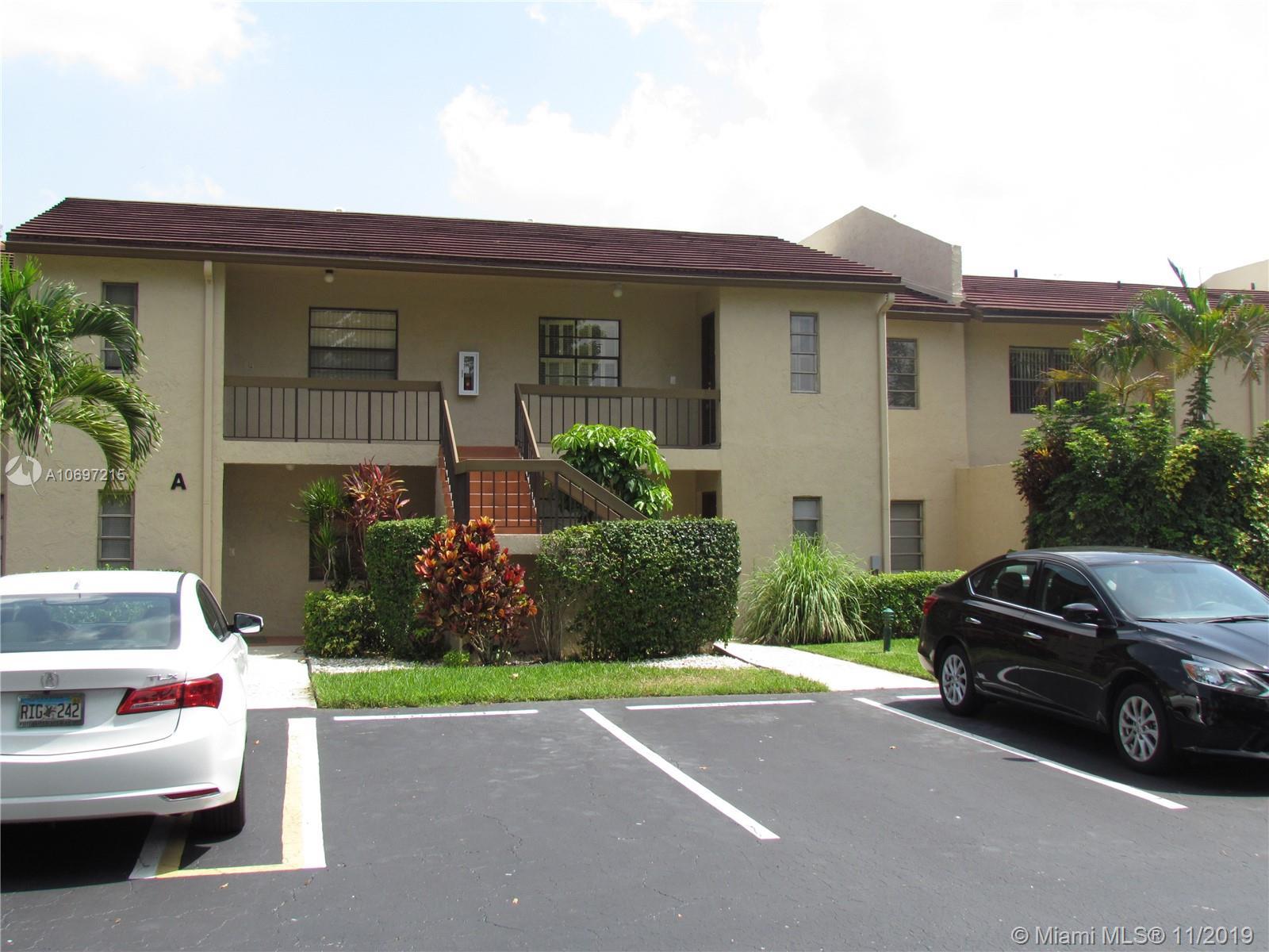 8425 Casa Del Lago 21-D, Boca Raton, FL 33433