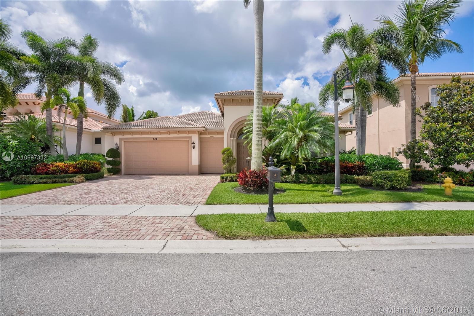 534 Les Jardin Dr, Palm Beach Gardens, FL 33410