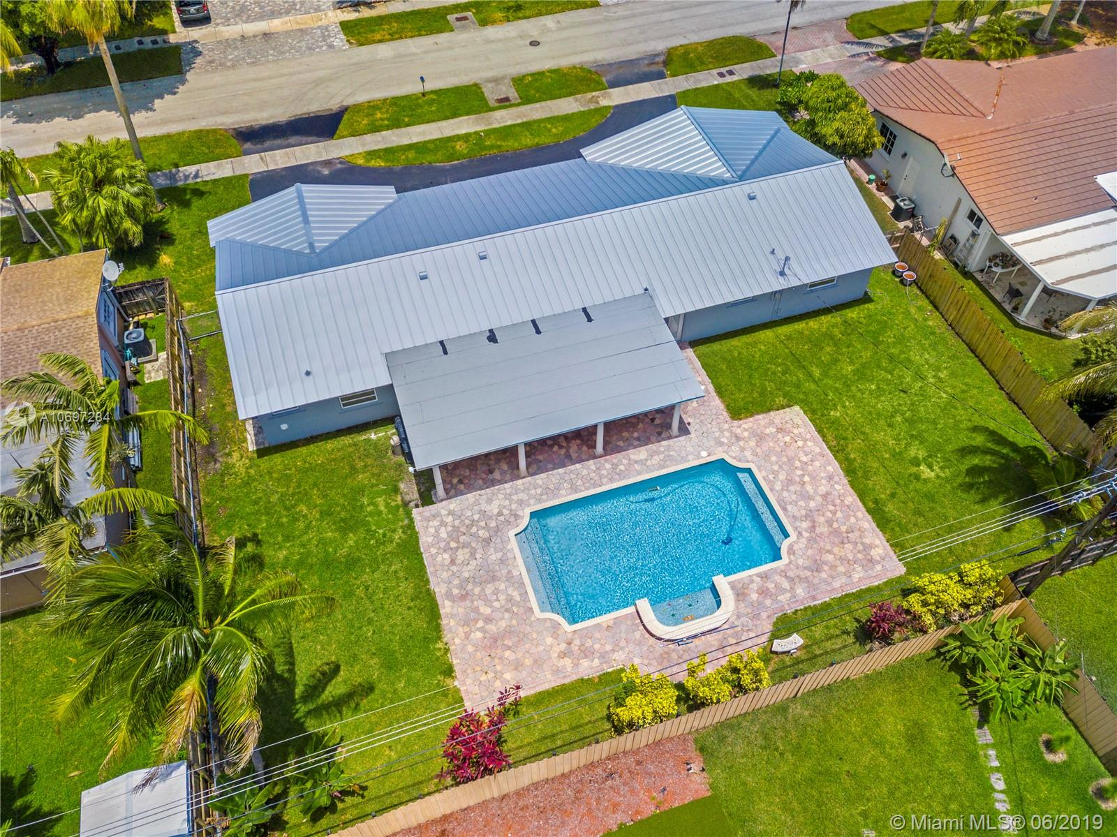 8620 SW 86th Ave  For Sale A10697284, FL