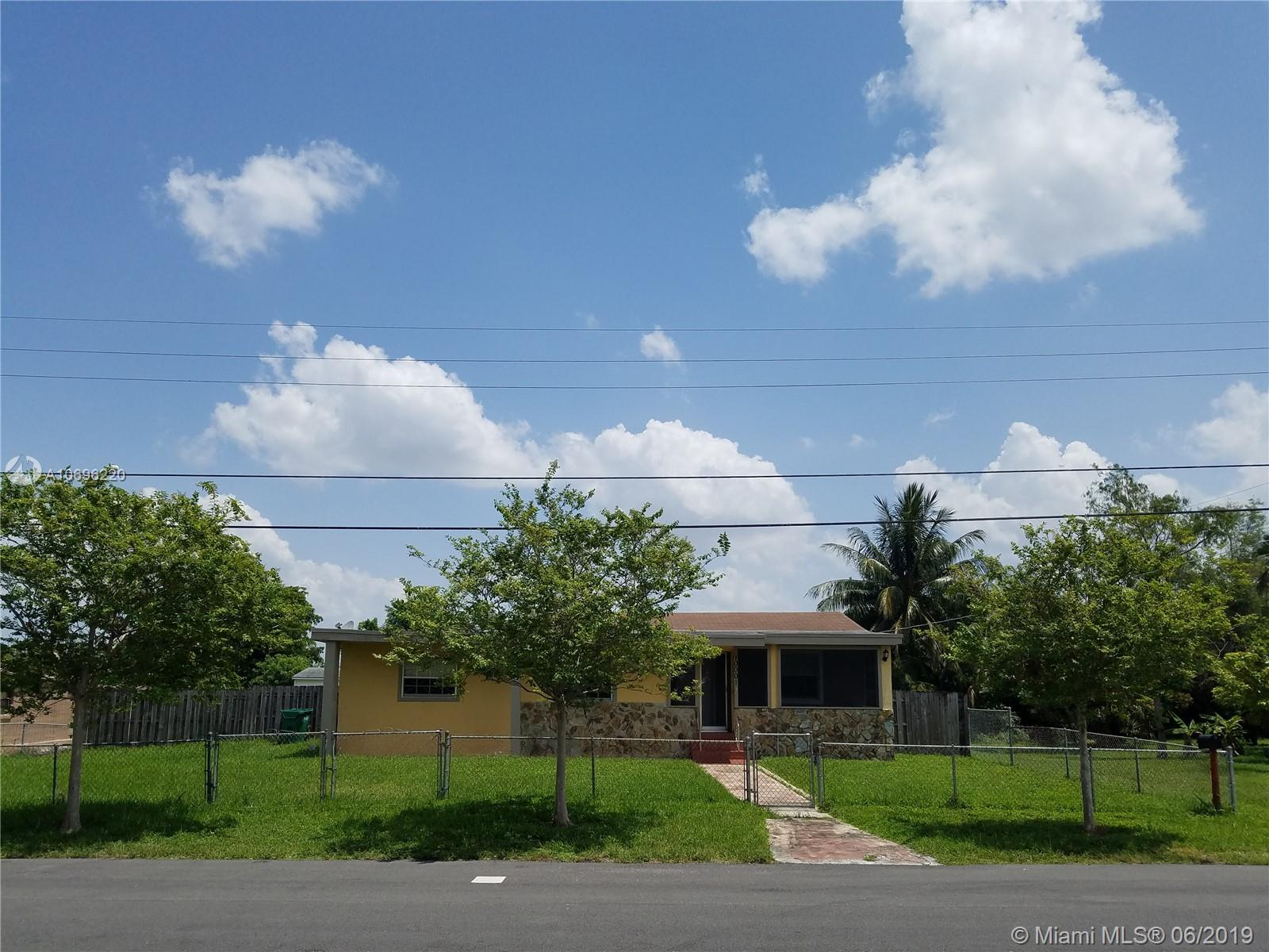10001 NW 28th Ter  For Sale A10696220, FL