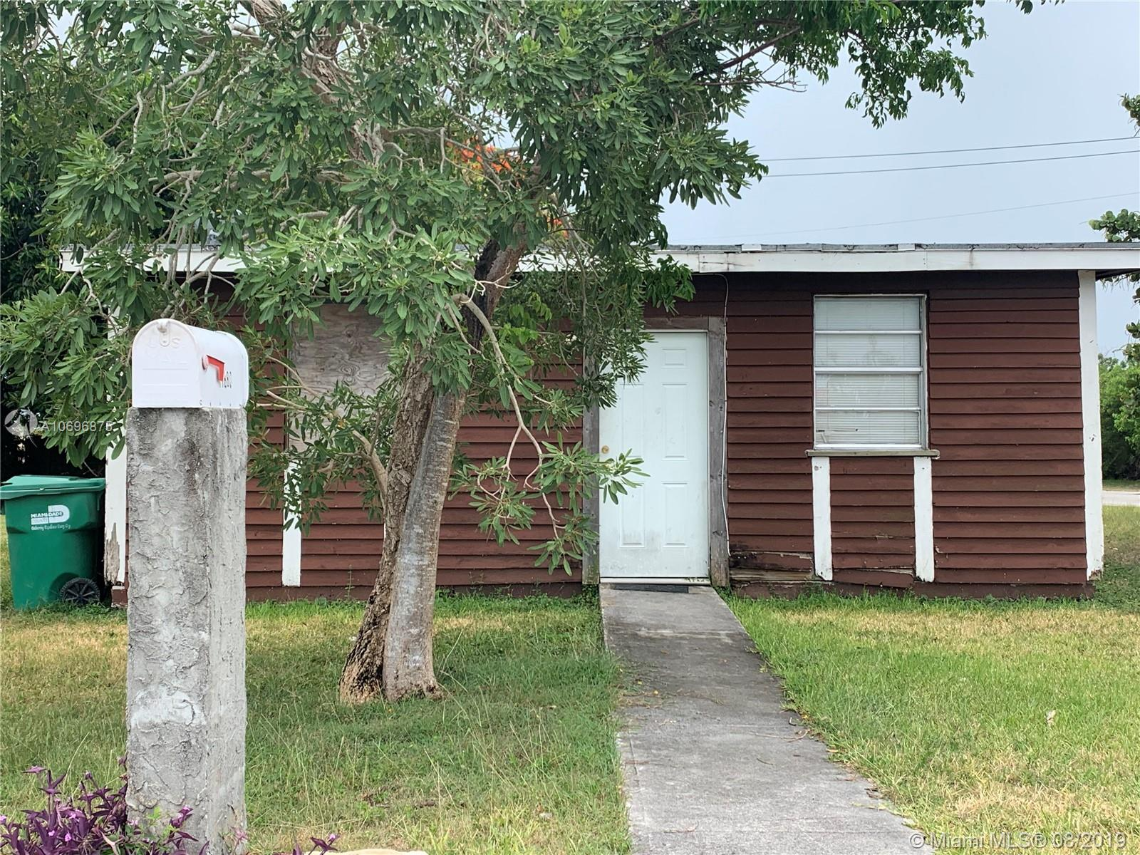 11880 SW 222nd St  For Sale A10696875, FL