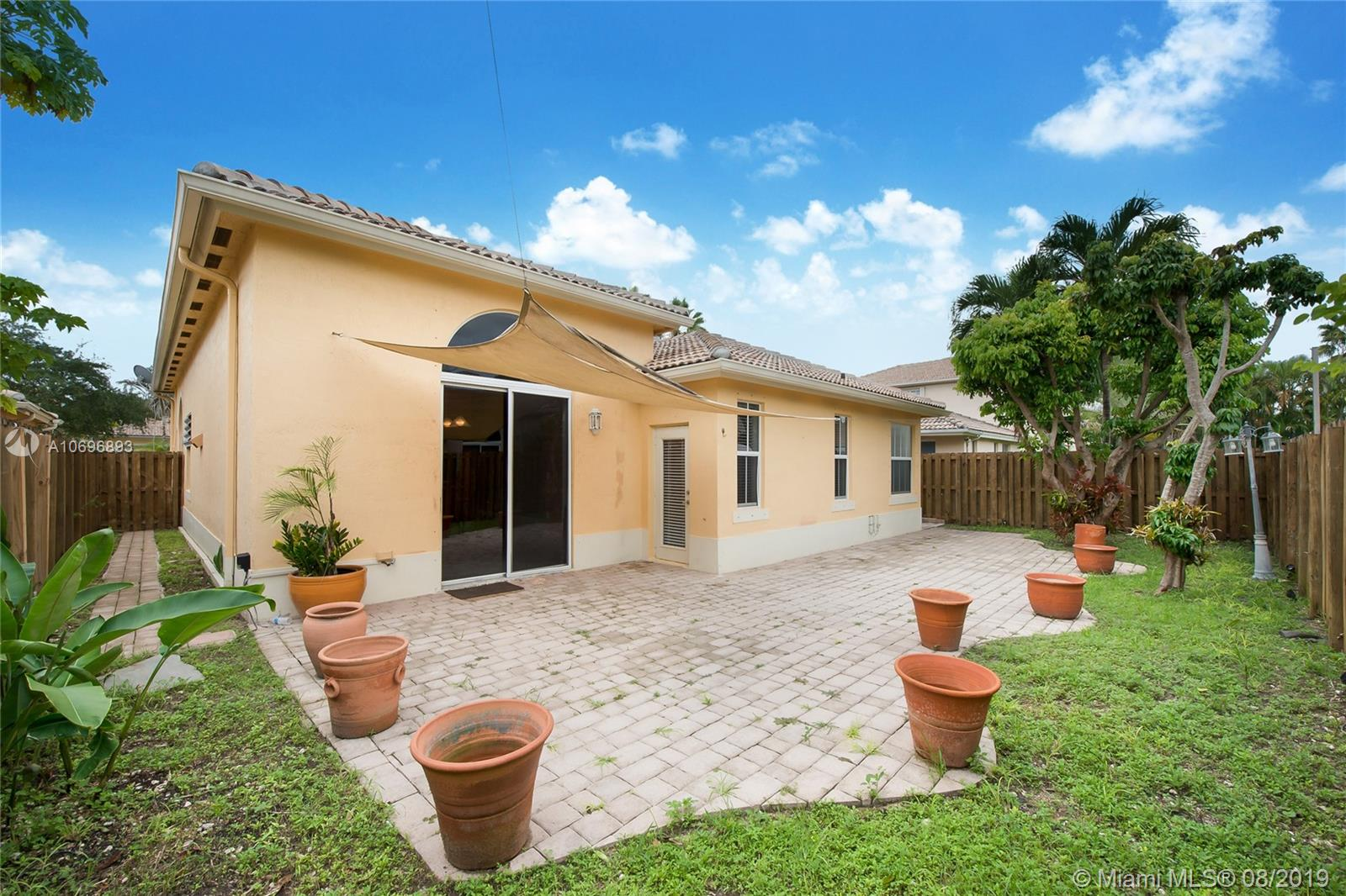 9107 SW 161st Ter  For Sale A10696893, FL