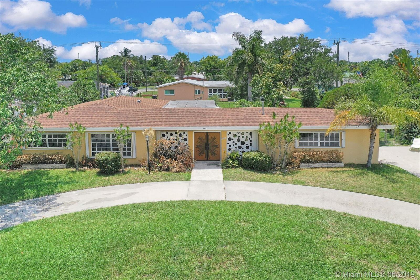 8440 SW 141st St  For Sale A10697871, FL