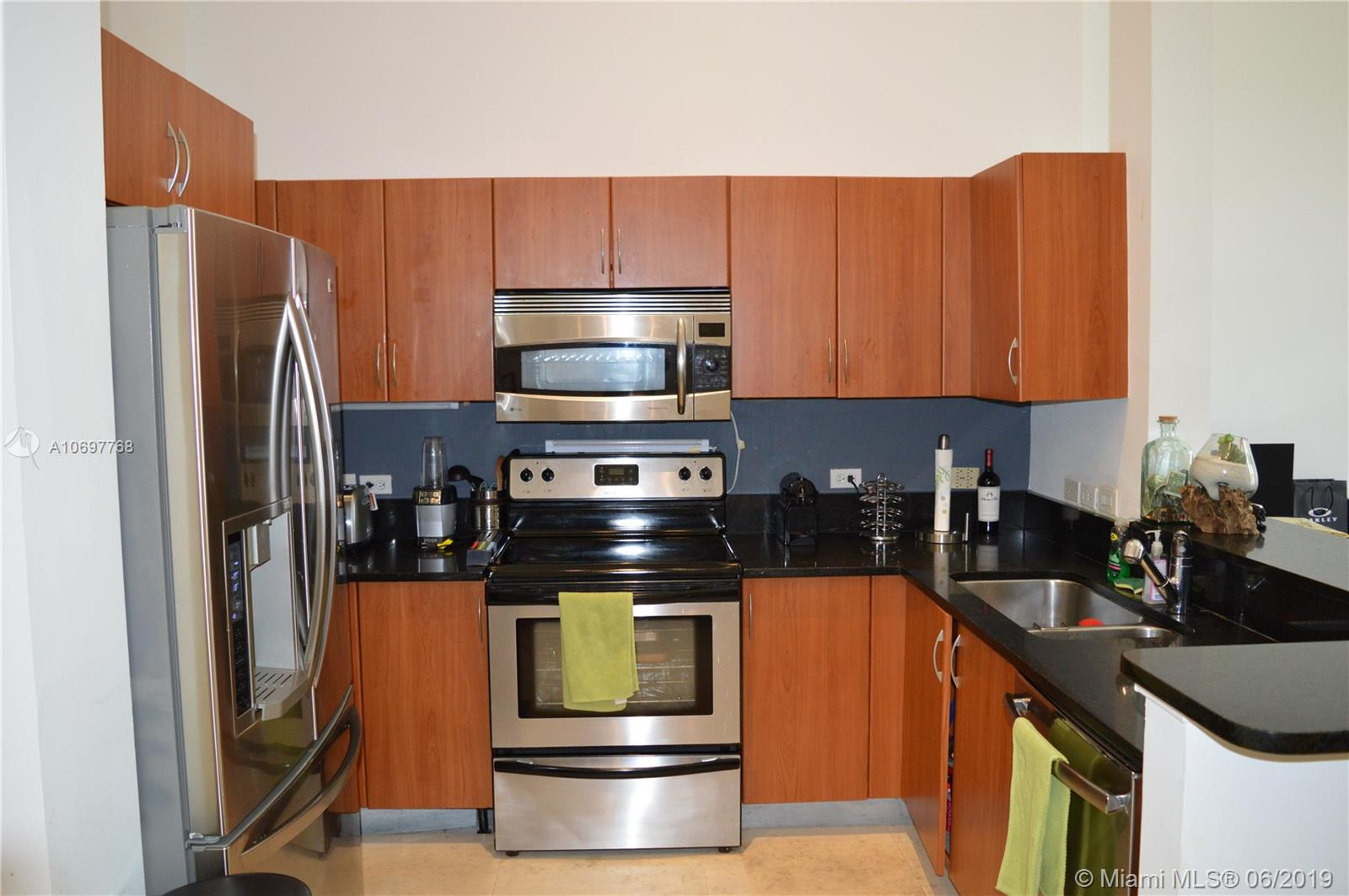 2775 NE 187th St #111 For Sale A10697768, FL