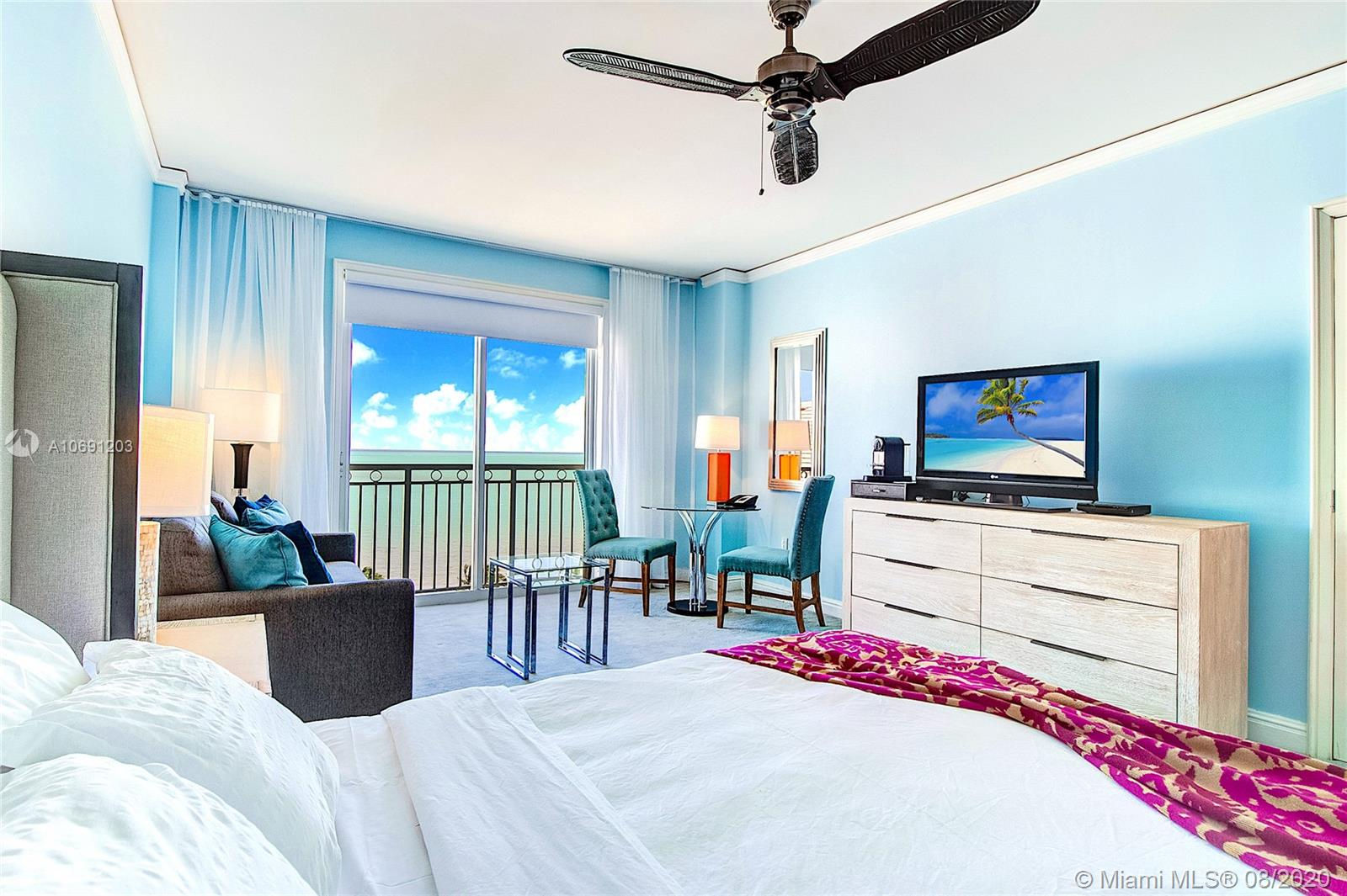 DAILY AND WEEKLY RENTALS!!! PRICES WILL VARY ACCORDING TO THE SEASONS. Apartment with gorgeous direct ocean view from the 10th floor at the luxurious Ritz Carlton 5-STAR Resort and Spa. Reserving this apartment will guarantee you a 5star treatment. You will be treated as a regular guest and have access to all amenities. Luxurious spa & fitness center, 2 oceanfront pools, restaurants, tennis courts, private beach, kids room. 1 PRIVATE PARKING SPACE COMES WITH THE UNIT! 1 king bed, 1 queen pull out sofa-bed with memory foam mattress, 1 bath, kitchenette, TV, balcony. We have 5 units in the hotel, give our office a call for availability! January:$310February:$310March:$340April:$340May:$220June:$300July:$300August:$310September:$165October:$180November:$320December:$420