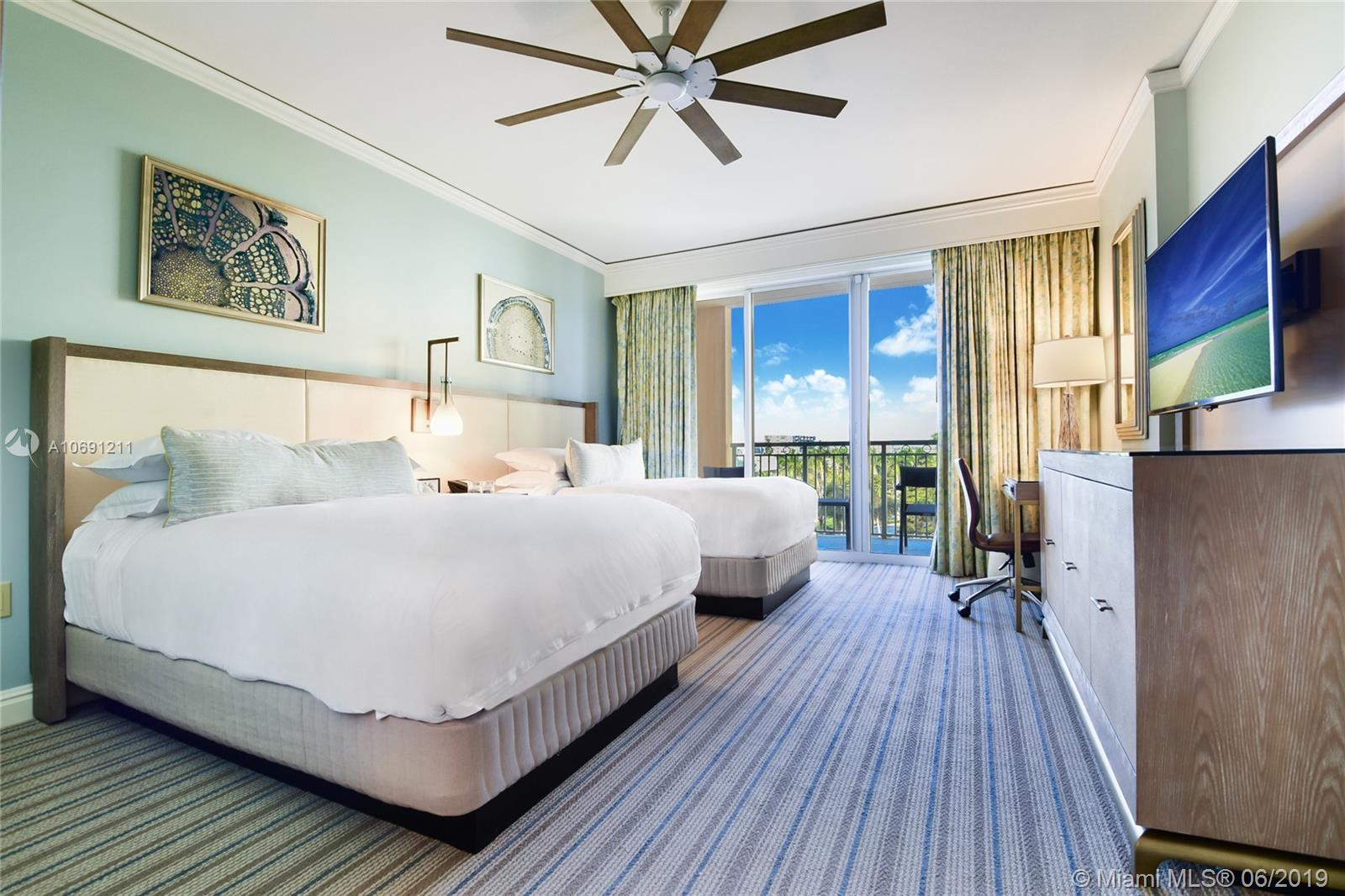DAILY AND WEEKLY RENTALS!!! PRICES WILL VARY ACCORDING TO THE SEASONS. Apartment with gorgeous direct ocean view from the 10th floor at the luxurious Ritz Carlton 5-STAR Resort and Spa. Reserving this apartment will guarantee you a 5star treatment. You will be treated as a regular guest and have access to all amenities. Luxurious spa & fitness center, 2 oceanfront pools, restaurants, tennis courts, private beach, kids room. 1 PRIVATE PARKING SPACE COMES WITH THE UNIT! 1 king bed, 1 queen pull out sofa-bed with memory foam mattress, 1 bath, kitchenette, TV, balcony. We have 5 units in the hotel, give our office a call for availability! January:$280February:$280March:$305April:$305May:$198June:$270July:$270August:$280September:$148October:$162November:$288December:$378